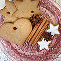 Christmas Gingerbread by Nailia Schwarz