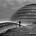 City Hall - London by Bryan Pereira