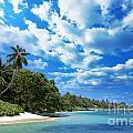 Coast Of Indian Ocean by MotHaiBaPhoto Prints