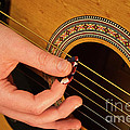 Color Guitar Picking by Michael Waters