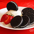 Cookies N Cream by Methune Hively