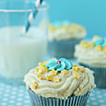 Cup Cake With Stars Topping by Uccia_photography