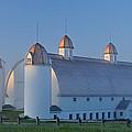 D H Day Barn by Dean Pennala