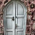 Door In Santorini by Tom Prendergast