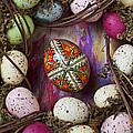 Easter Egg With Wreath by Garry Gay