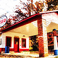 Esso Filling Station by Lynne Jenkins