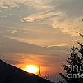 Evening Sunset by Leone Lund