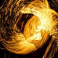 Fire Juggling 02 by Francesc SalaSelis