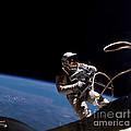 First U.s. Spacewalk by Nasa