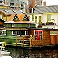 Float Home Fishermans Wharf by John Greaves