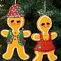 Gingerbread Couple by Sally Weigand