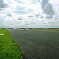 Gliders At Tibenham by Jan W Faul