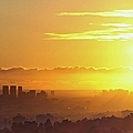 Golden Horizon At Sunset, Los Angeles by Eric Lo