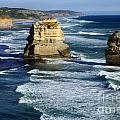 Great Ocean Road by Bob Christopher