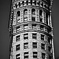 Hobart Building In San Francisco Ll - Black And White by Hideaki Sakurai