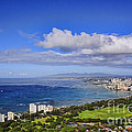 Honolulu From Diamond Head by Gary Beeler
