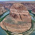 Horseshoe Bend Near Page - Arizona by Gary Whitton
