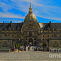 Hotel Des Invalides by Louise Heusinkveld