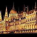 Hungarian Parliament Building by Mariola Bitner