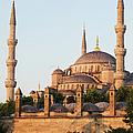 Istanbul by Artur Bogacki