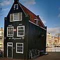Jodenbreestraat 1. Amsterdam by Juan Carlos Ferro Duque