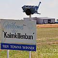 Kaimkillenbun Sign by Joanne Kocwin