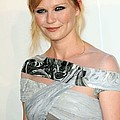 Kirsten Dunst At Arrivals For The 2009 by Everett