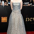 Kristen Stewart Wearing An Oscar De La by Everett