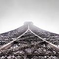 La Tour Eiffel by Wittaya Uengsuwanpanich