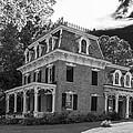 Lake George Farmhouse by Guy Whiteley