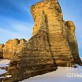 Learn Tower Of Monument Rocks by Adam Jewell