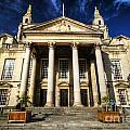 Leeds Civic Hall by Yhun Suarez