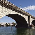 London Bridge by Gloria & Richard Maschmeyer