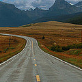 Montana Highway by Tom  Reed