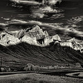Mountain Canmore by Diane Dugas