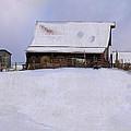 Mueller's Barn by Ron Jones