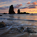 Needles Sunset by Mike  Dawson