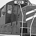 Noir Et Blanc Engine 103 by Louis Nugent