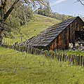 Old Barn On Highway 20 by Mick Anderson
