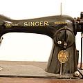 Old Singer 2 by Alessandro Della Pietra