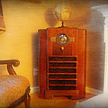 Old Time Radio by Paul Ward
