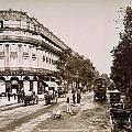 Paris: Street Scene, 1890 by Granger