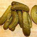 Pickles by Henrik Lehnerer
