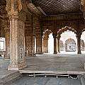 Pillars Of Building Inside Red Fort by Ashish Agarwal