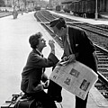 Platform Cigarette by Kurt Hutton
