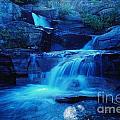 Quaint Falls  by Jeff Swan