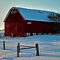Red Barn In Winter ... by Juergen Weiss