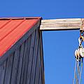 Red Roof Barn by Tom Singleton