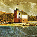 Round Island Lighthouse by Jill Battaglia
