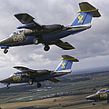 Saab 105 Jet Trainers Of The Swedish by Daniel Karlsson